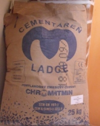 Cement Ladce 32,5 R